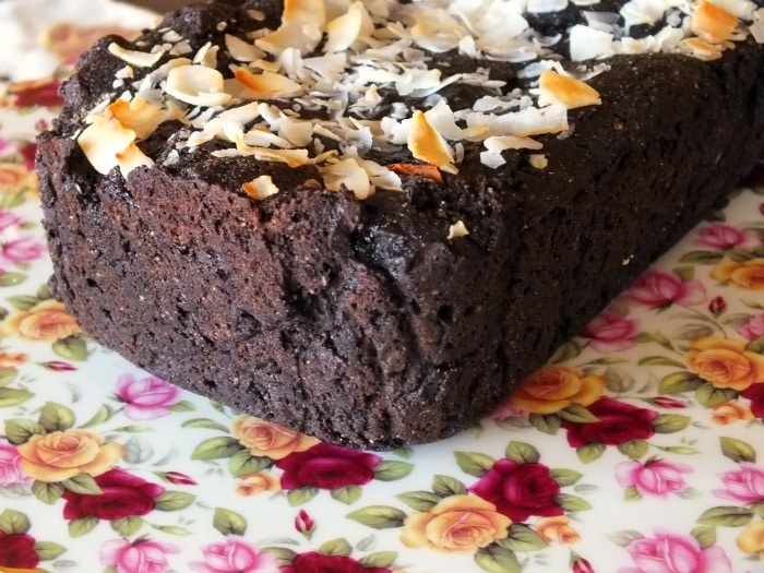 low-carb chocolate pound cake with coconut|lowcarb-ology.com