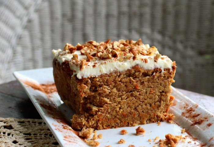 low carb carrot cake under 10 carbs|lowcarb-ology.com
