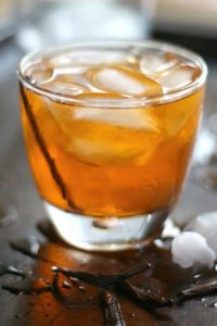 Vanilla old fashioned cocktail is low carb! So yummy!