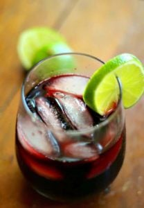 Low carb red sangria recipe is easy to make.