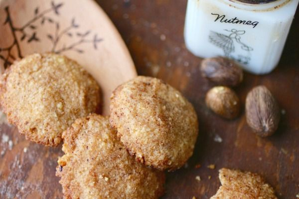 This low carb Christmas cookie recipe is quick and easy. From Lowcarb-ology.com